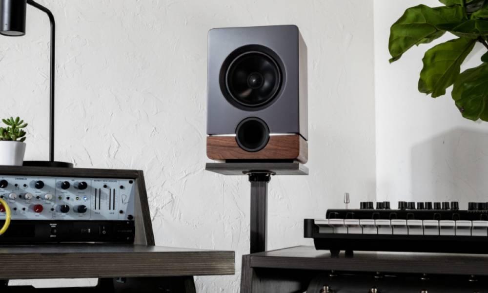 Frontier - дизайнерские студийные мониторы от Output