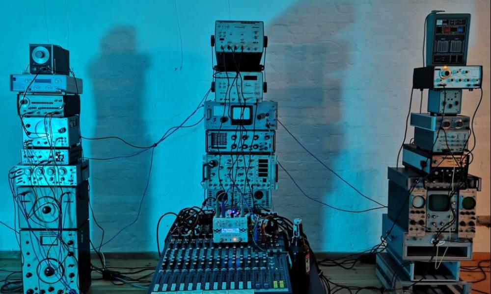 Landfill Totems - винтажные синтезаторные эффекты от Spitfire Audio и Hainbach