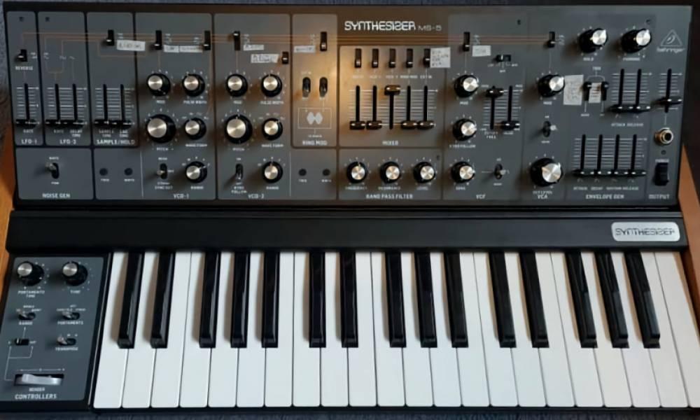 Behringer выпустят клон синтезатора Roland SH-5