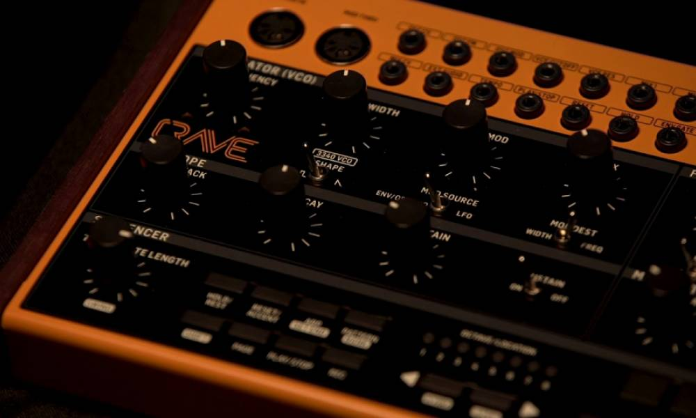 Синтезатор Crave и другие новости от Behringer