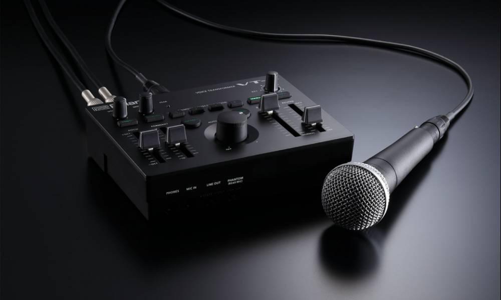 VT-4 - вокальный процессор от Roland