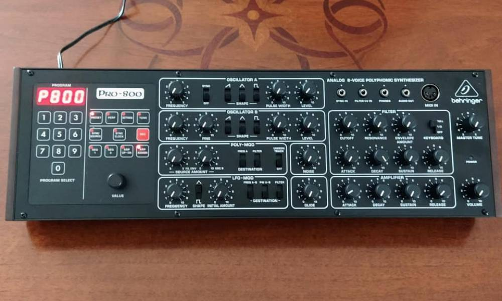 Behringer анонсировали выпуск Pro-800